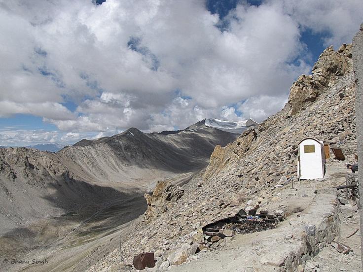 Khardungla Pass, Ladakh