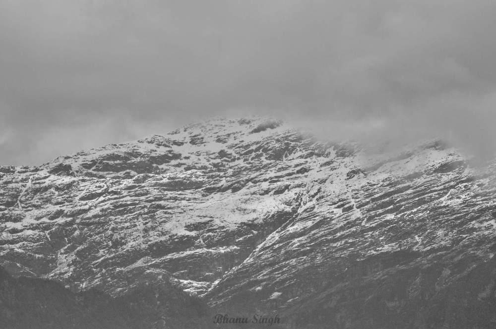 Jomolhari peak, near Chele La